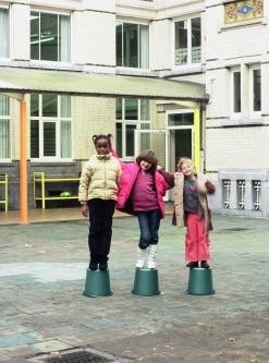 Stijn Van Dorpe - Children, buckets